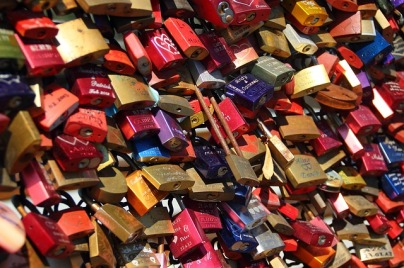 padlocks-337569_640